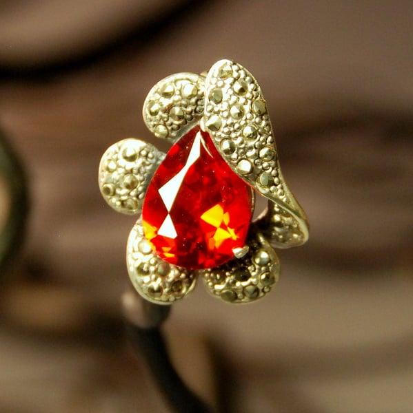Brosa Cubic Zirconia Rosu, Marcasite & Argint