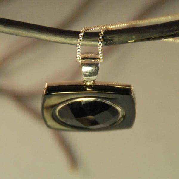 Pandantiv Geometric cu Onix & Argint