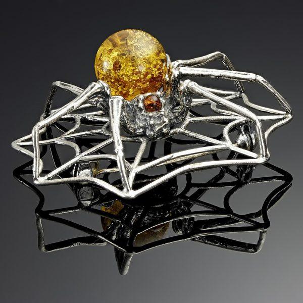 Brosa Spider Web din Argint si Chihlimbar Natural