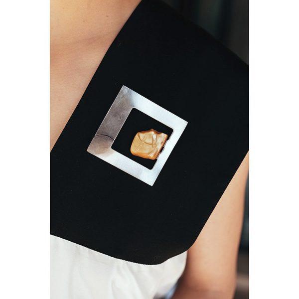 Brosa-Amber-Inside-din-Argint